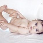 Yatakta bebek fotoğrafı