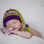 Kukuletalı bebek fotoğrafı