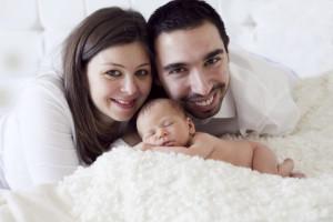Anne baba bebek fotoğrafı