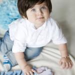 1 yaş mavili çocuk fotoğrafı