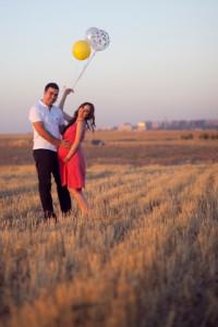 Balonlu hamilelik fotoğrafı