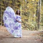 Ormanda hamile fotoğrafı