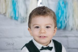 papyonlu erkek çocuk fotoğrafı